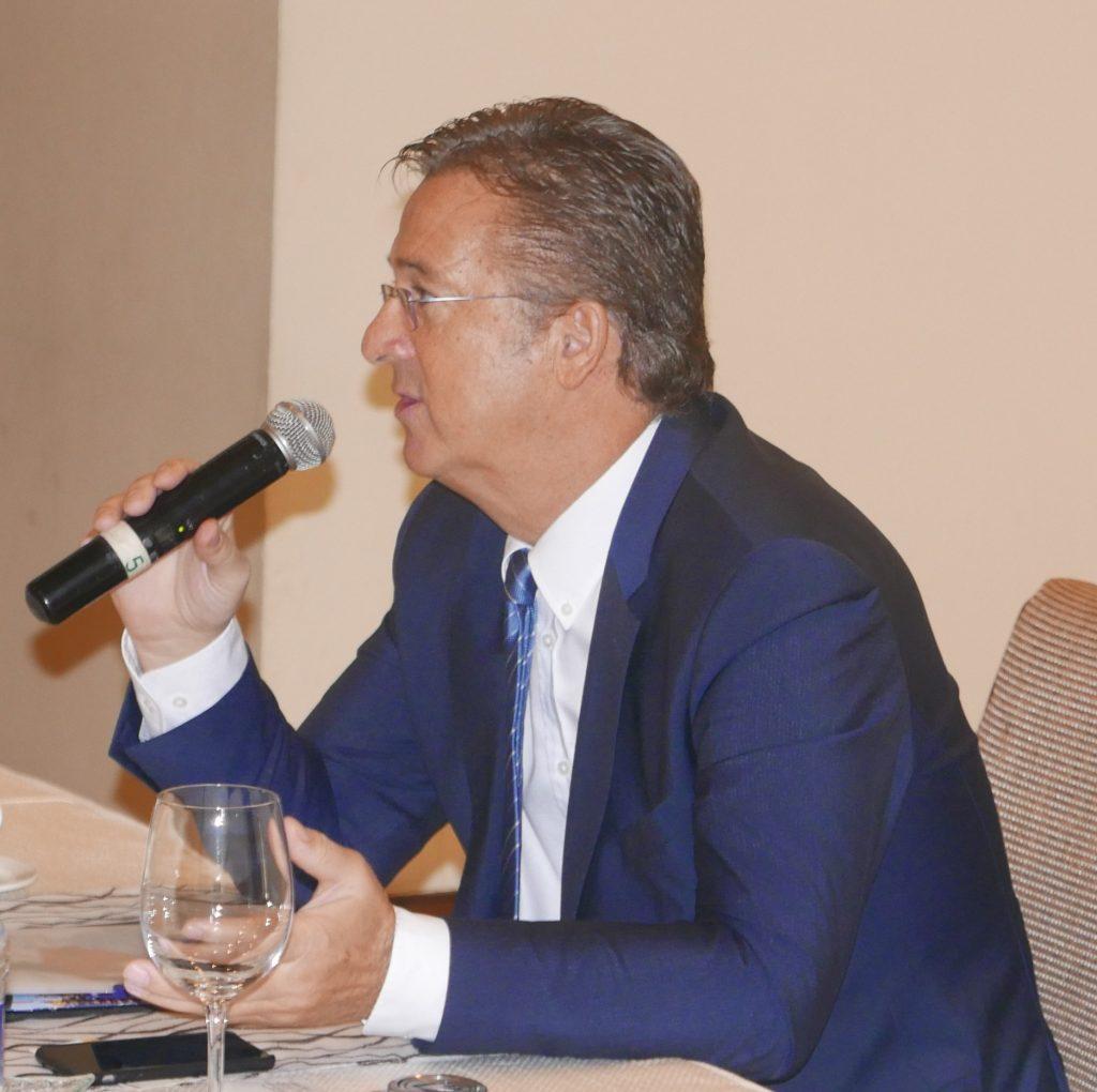 Martin Dürr At Meeting