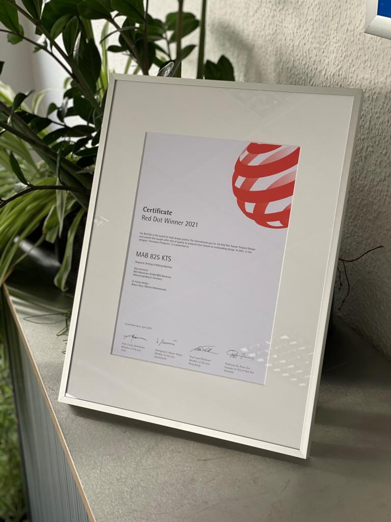 Red Dot Award Certificate